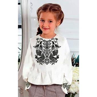 Заготовка дитячої сорочки на дівчинкупід вишивку бісером, нитками.